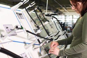 Kabelbaum Hersteller Harness-Production-Endmontage_Prüfen